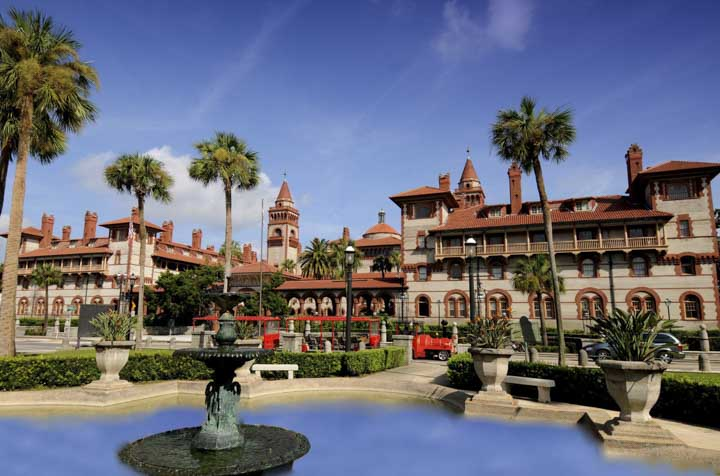 Things to do in St. Augustine Florida in 2020: Take a historic tour of Flagler College