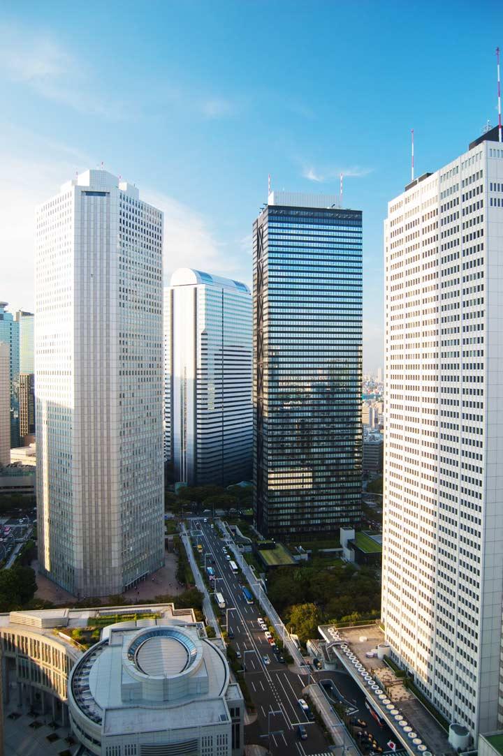 11 Best Places to View the Tokyo Skyline for Free: Shinjuku NS Building (Shinjuku City)