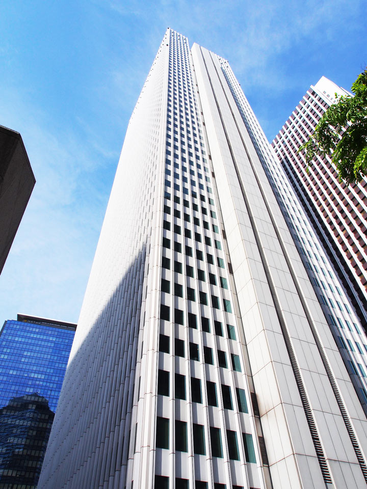11 Best Places to View the Tokyo Skyline for Free: Shinjuku Nomura Building  (Shinjuku City)