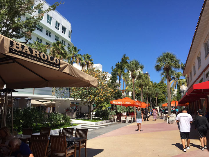 Go shopping at the Lincoln Road Mall Top Things to do Miami in 2021