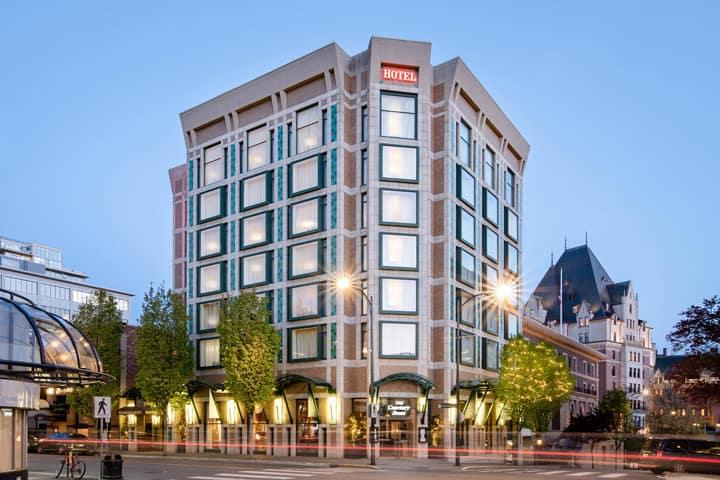 Where to Stay in Victoria, BC: Magnolia Hotel