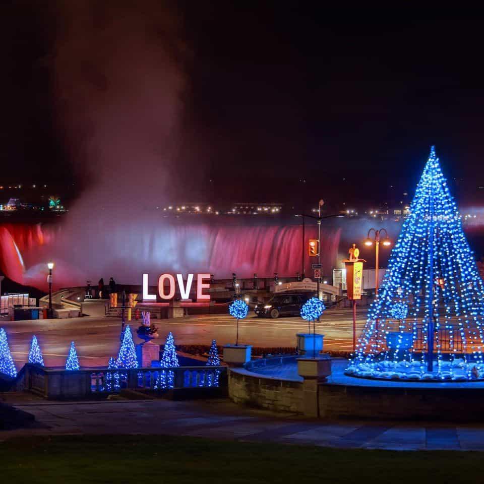Winter Festival of Lights @ Niagara Falls