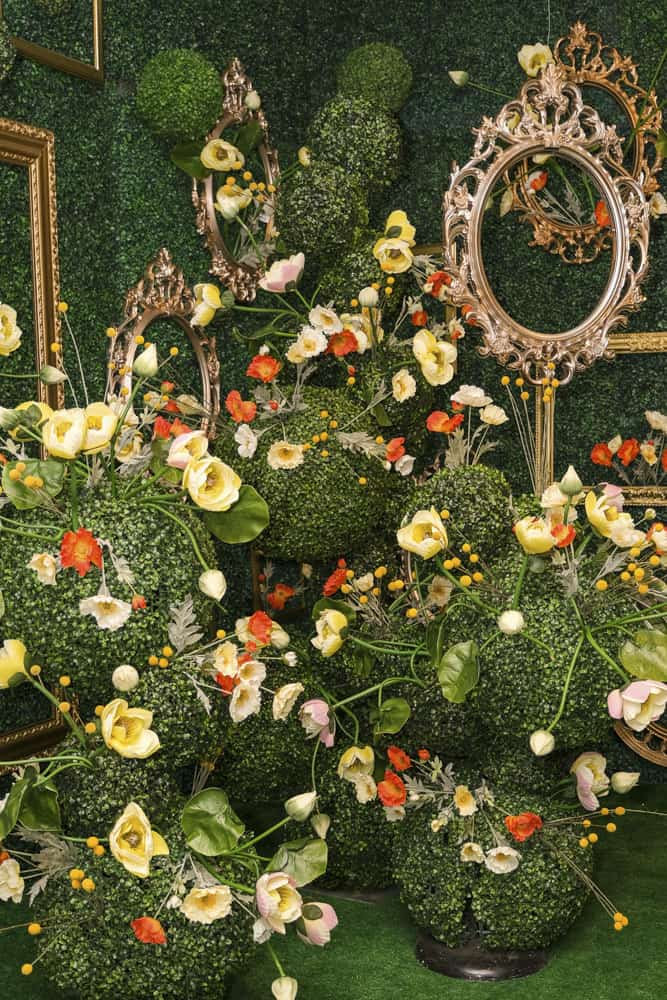 Fairmont Hotel Vancouver Hashtag Holidays: Floral Edition 2021